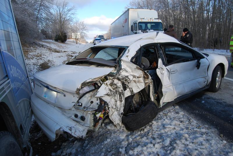 Injury Accident Forces I-71 Shutdown - LaGrange Fire & Rescue Department